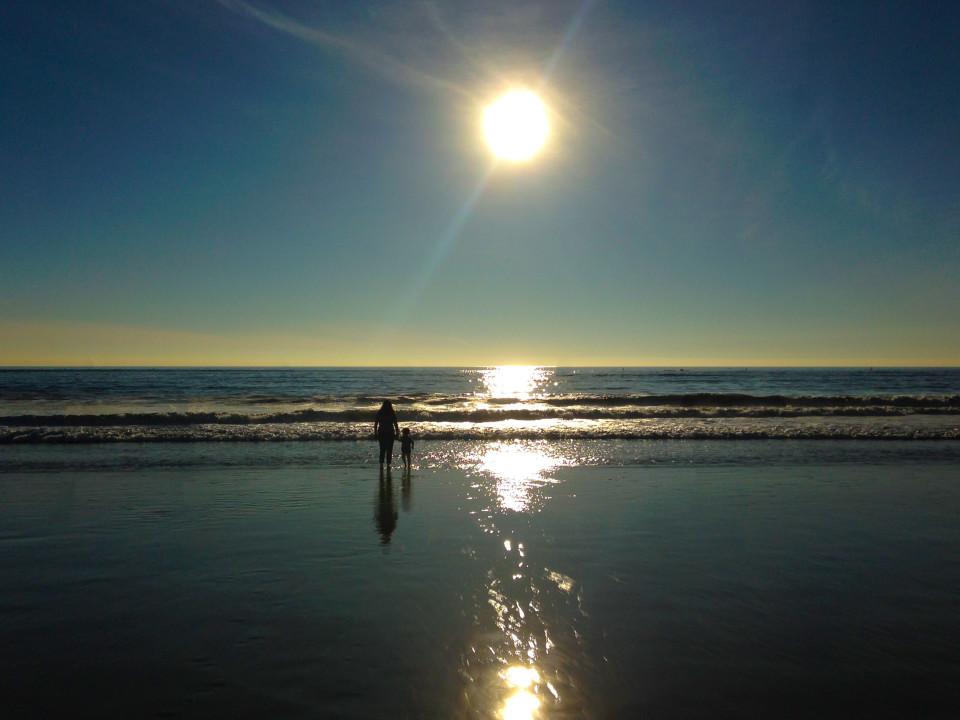 http://jimkeliher.com/wp-content/uploads/2015/12/Jim-Keliher-Pacific-Sunset-960x720_c.jpg