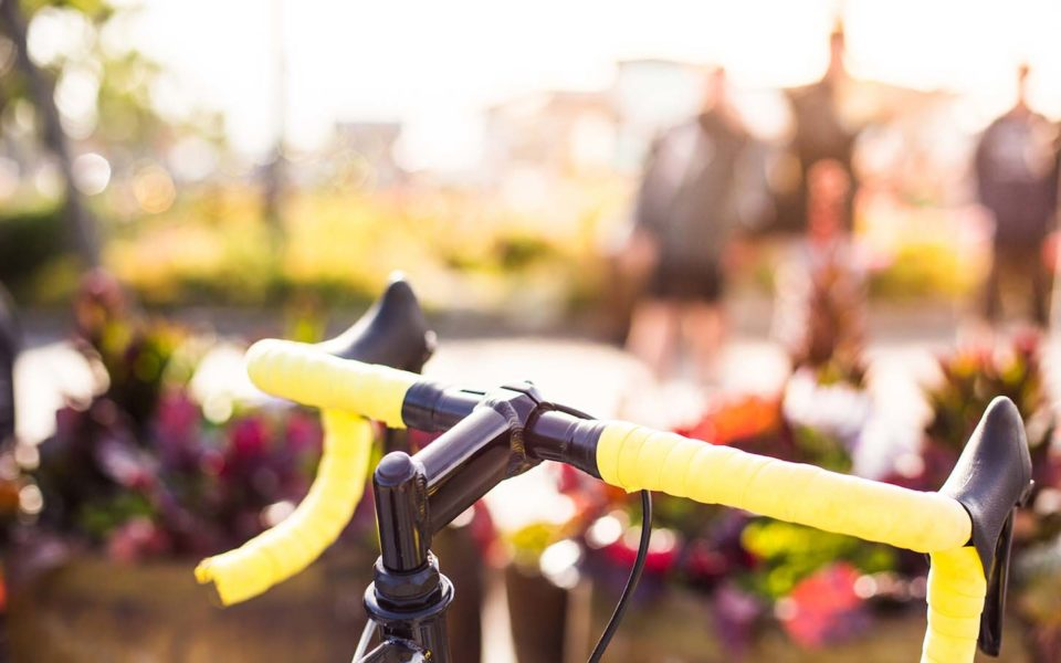 http://jimkeliher.com/wp-content/uploads/2016/10/Yellow-Bicycle-Handlebars-Close-Up-copy-960x600_c.jpg